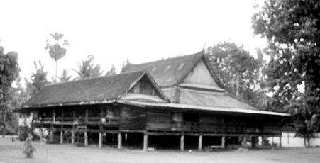 ไฟล์:Old sala of Wat Khung Taphao.jpg