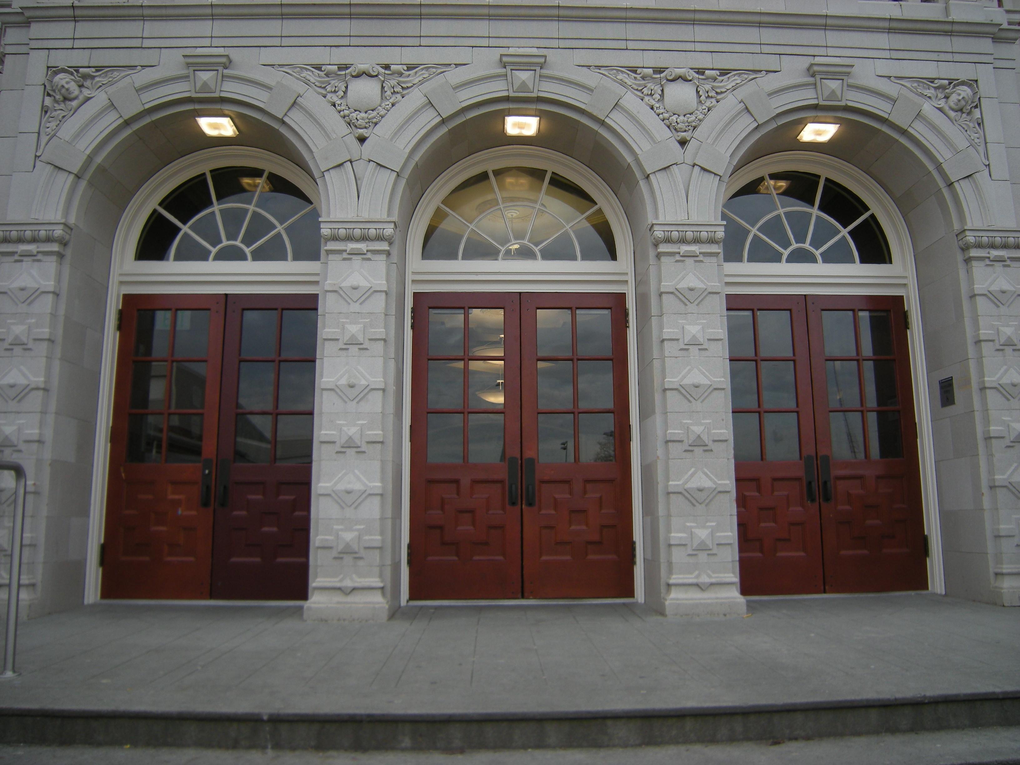 File Seattle Garfield High School Detail 03 Jpg Wikimedia Commons