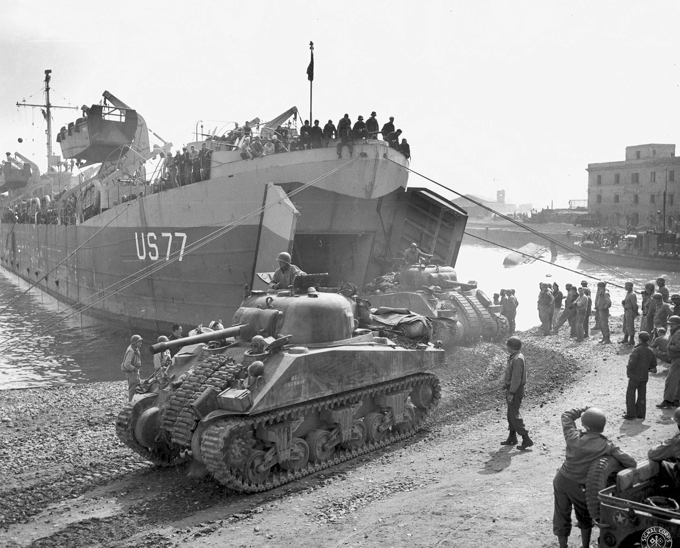 Shermans disembarking from LST at Anzio