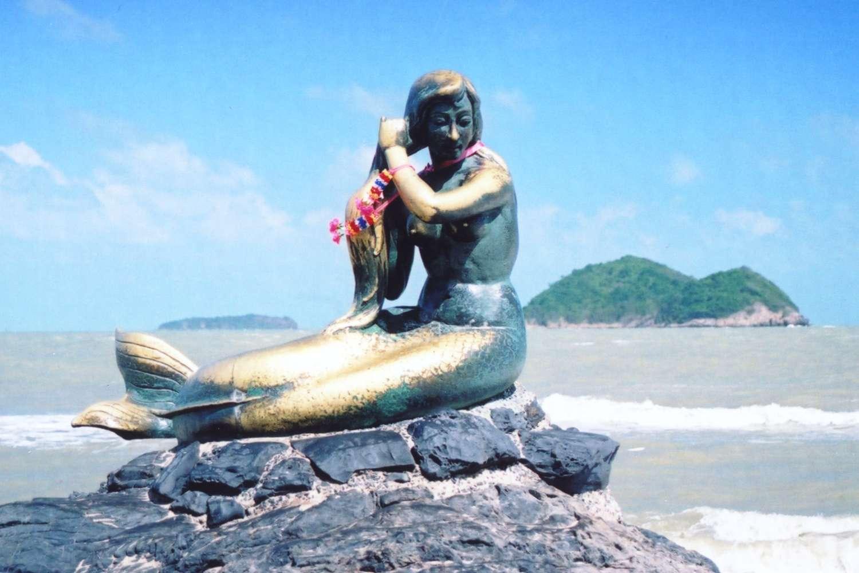 Songkhla Mermaid on The Beach Wallpaper