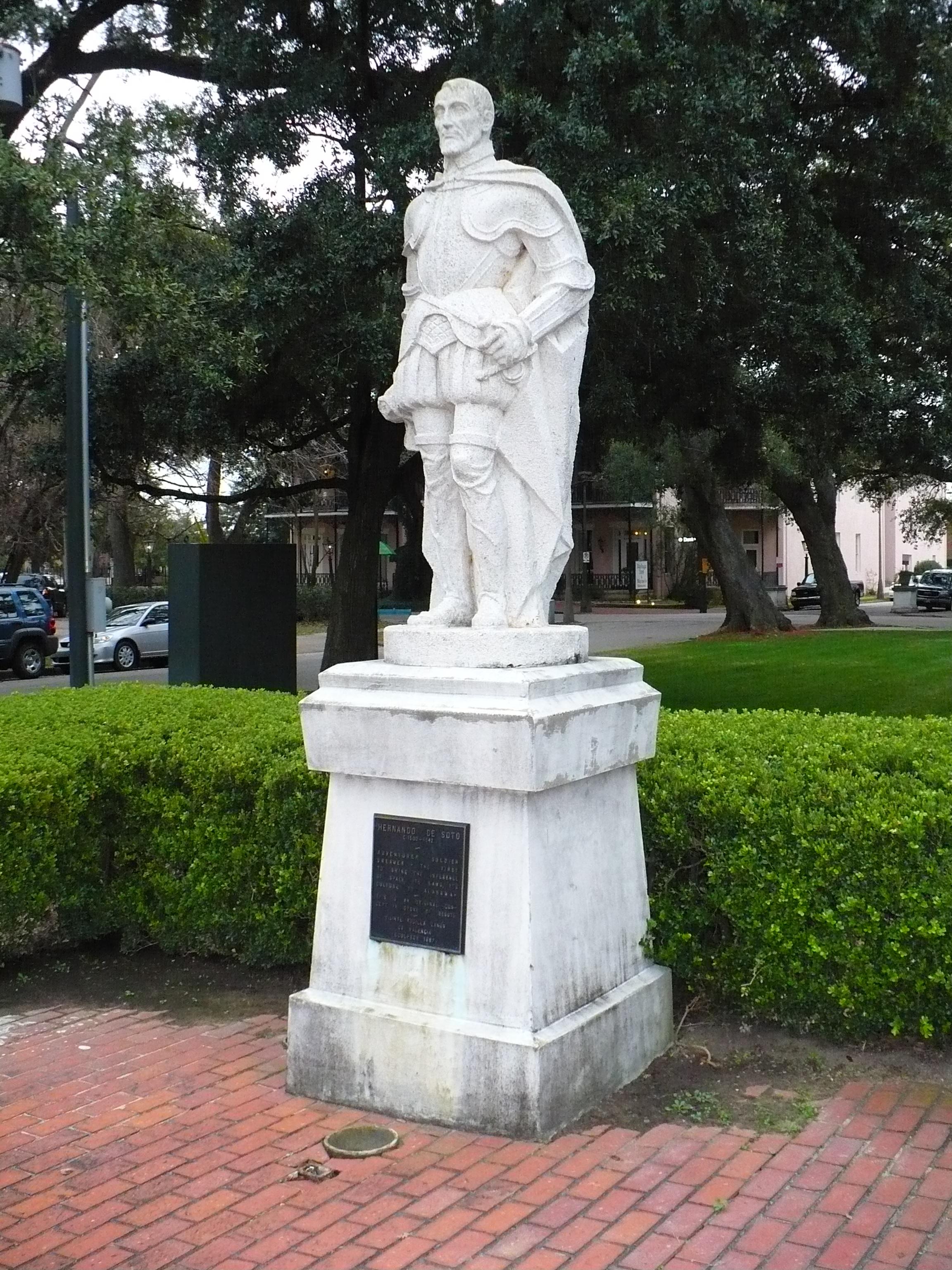 File:Statue of Hernando de Soto.JPG - Wikimedia Commons