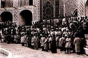 Takiyeh-e-Dowlat-1.jpg