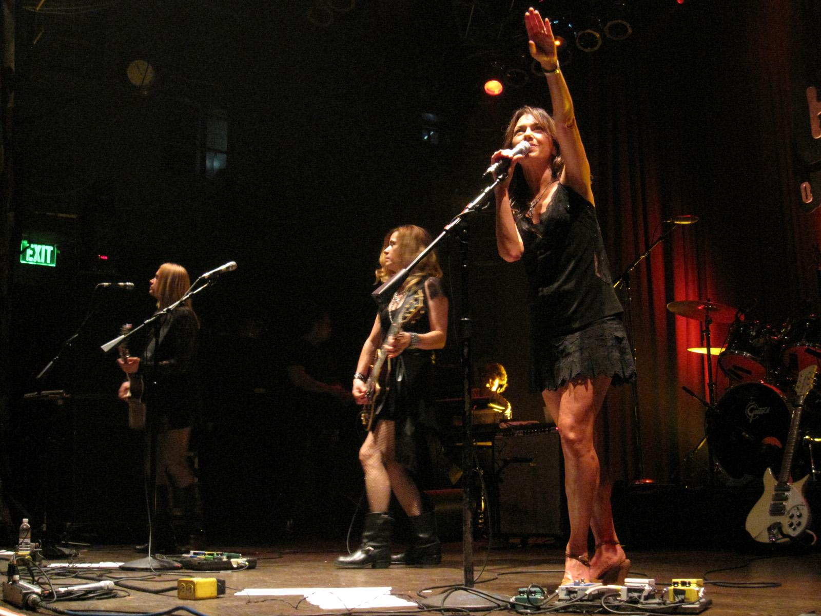 Eternal Flame Bangles Filethe Bangles At House Of Blues Anaheim 12 November 2011