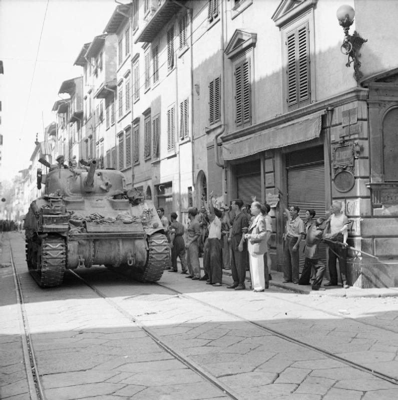 A Sherman tank enters Florence