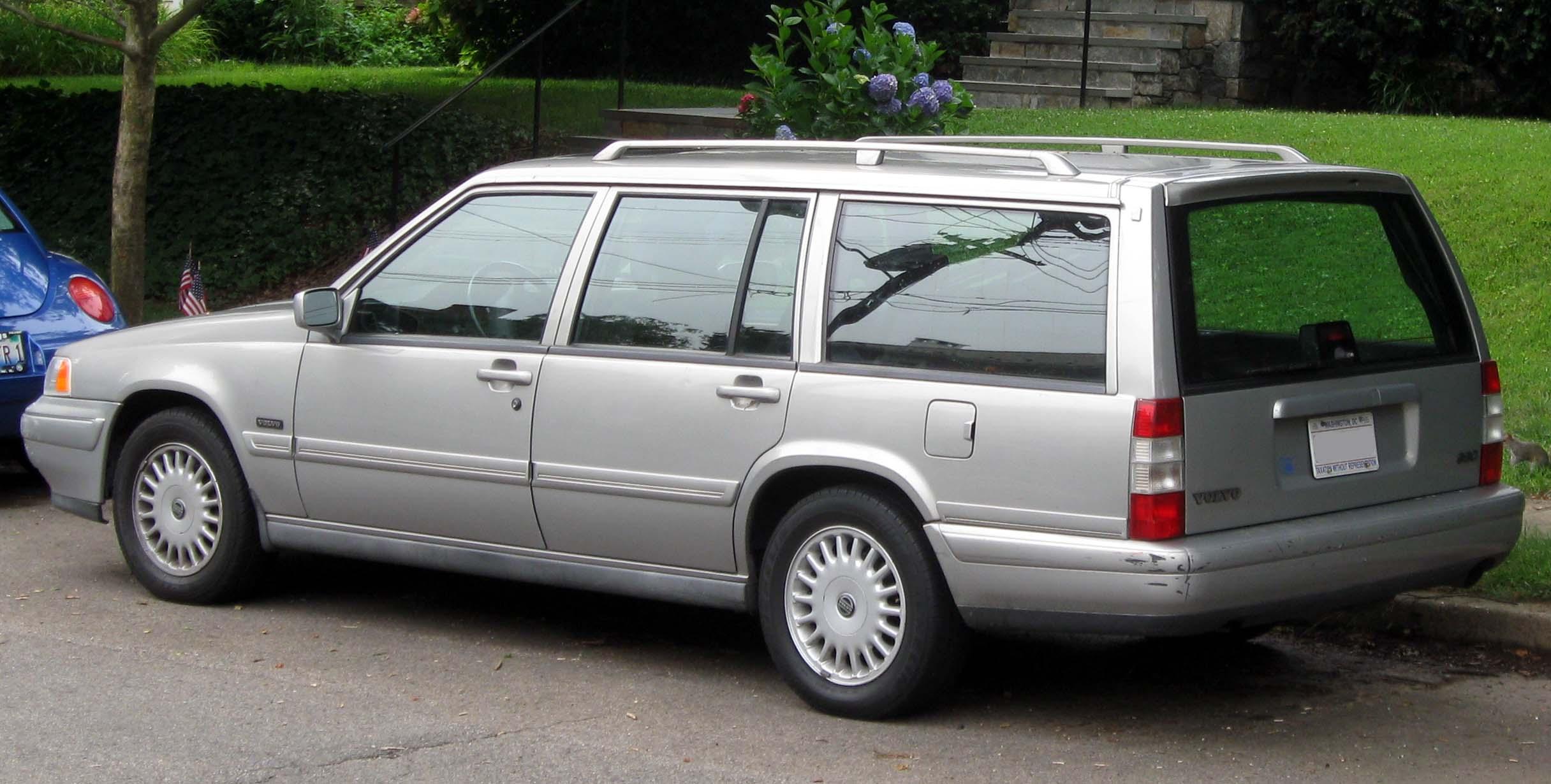 File Volvo 960 Wagon 07 04 2011 Jpg Wikimedia Commons