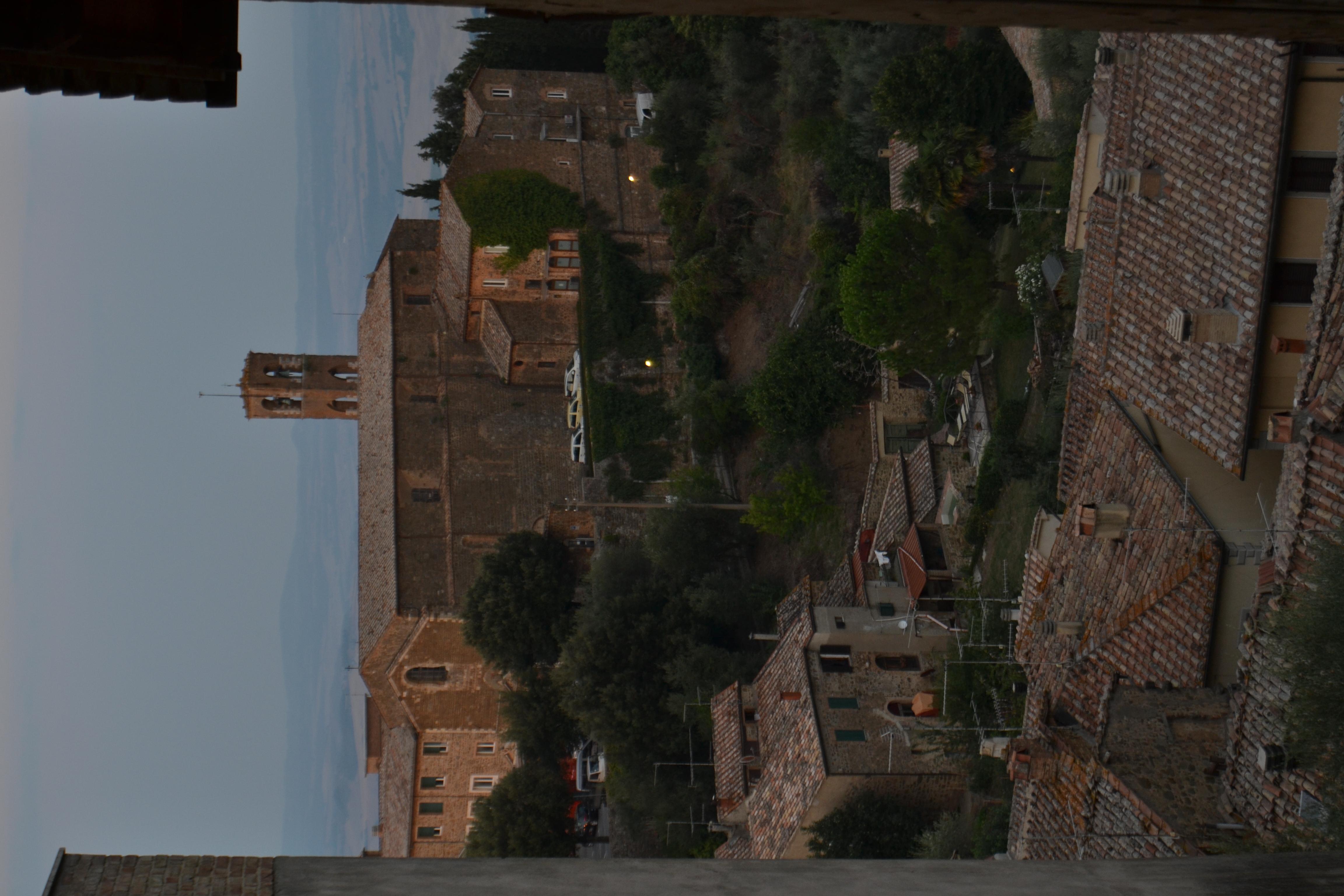 Vue de Montalcino.JPG
