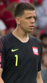 The 28-year old son of father Maciej Szczęsny and mother(?) Wojciech Szczesny in 2018 photo. Wojciech Szczesny earned a  million dollar salary - leaving the net worth at 14.6 million in 2018