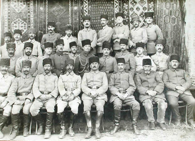 Dosya:XV Corps commander and his staff at Erzurum in 1919.jpg