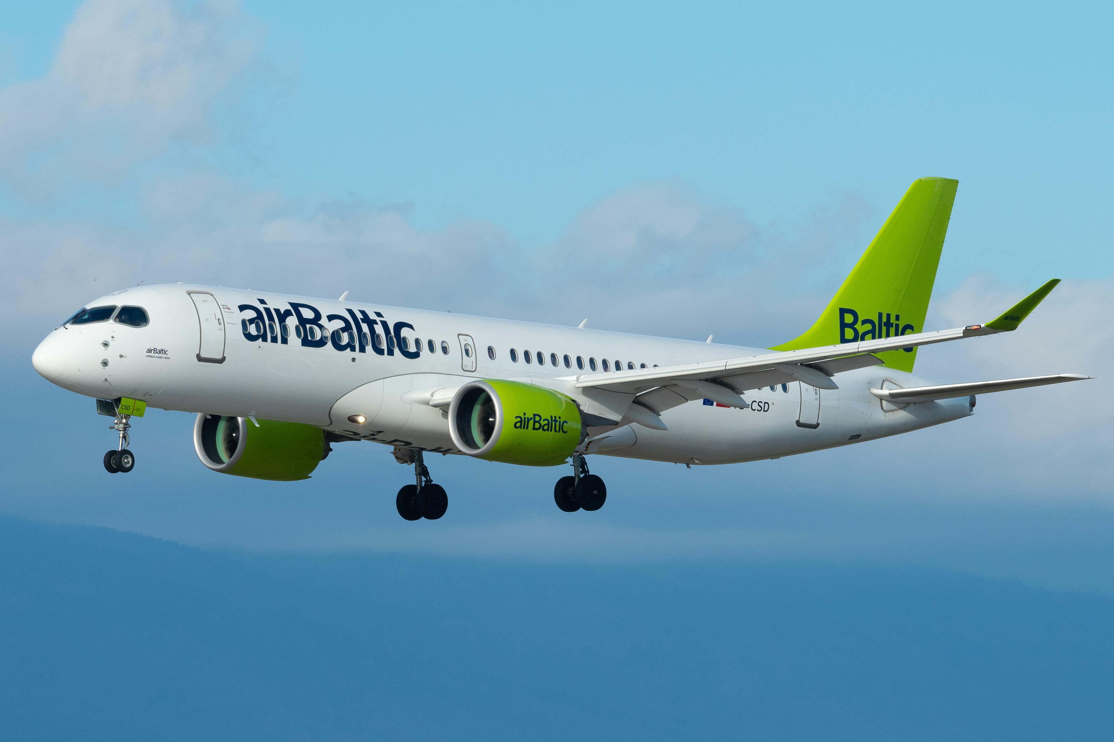 bd3dcf34ea24fc Airbus A220 - Wikipedia