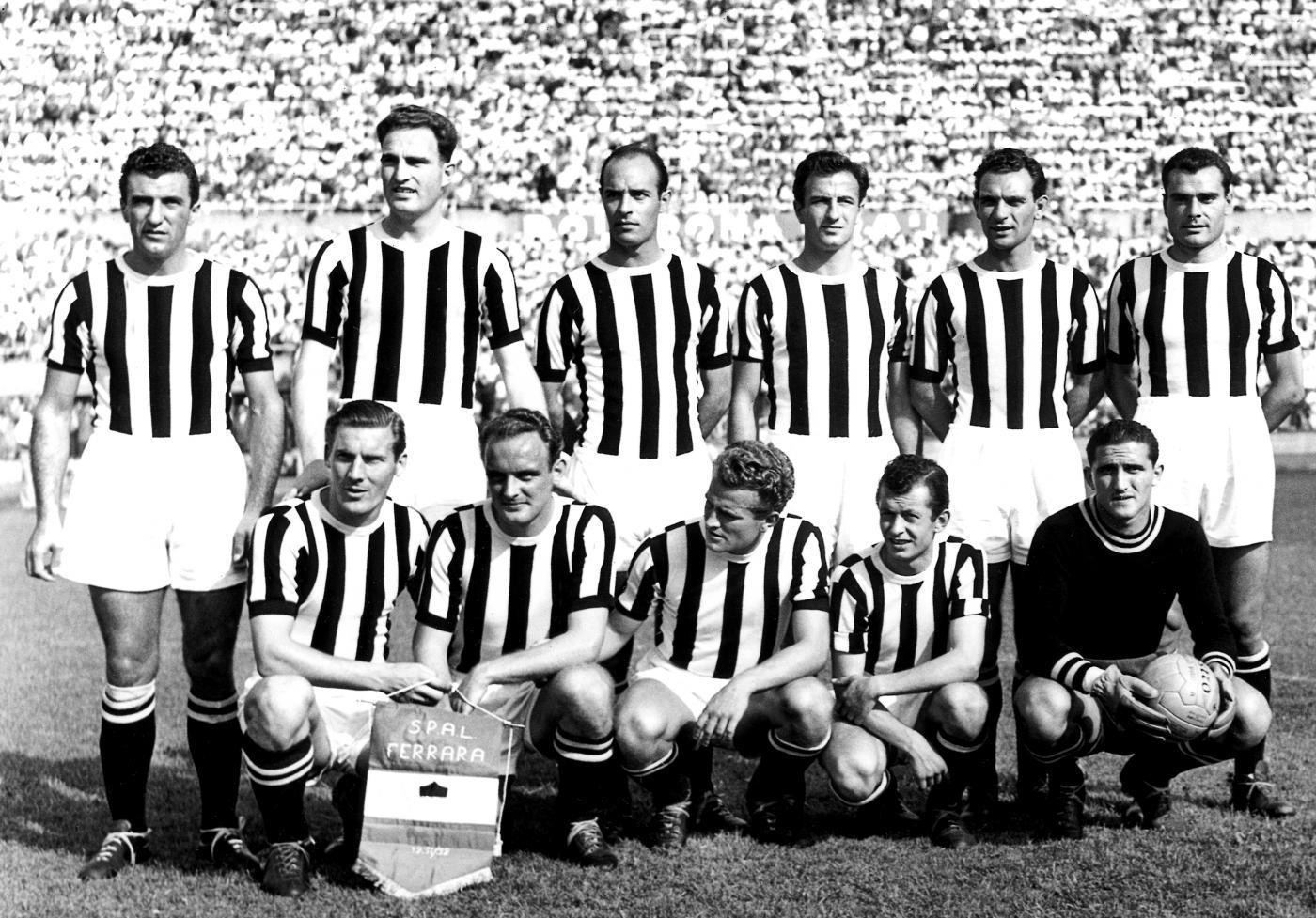File:1951–52 Juventus Football Club.jpg - Wikimedia Commons