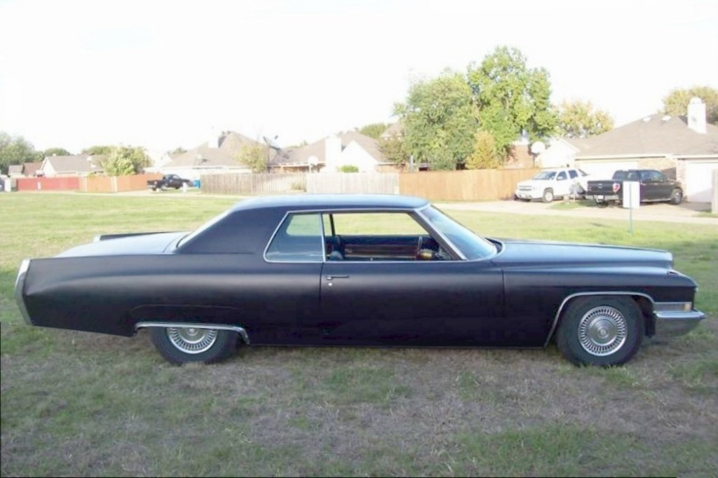 File:1972 Cadillac Coupe DeVille - Flickr - denizen24.jpg ...