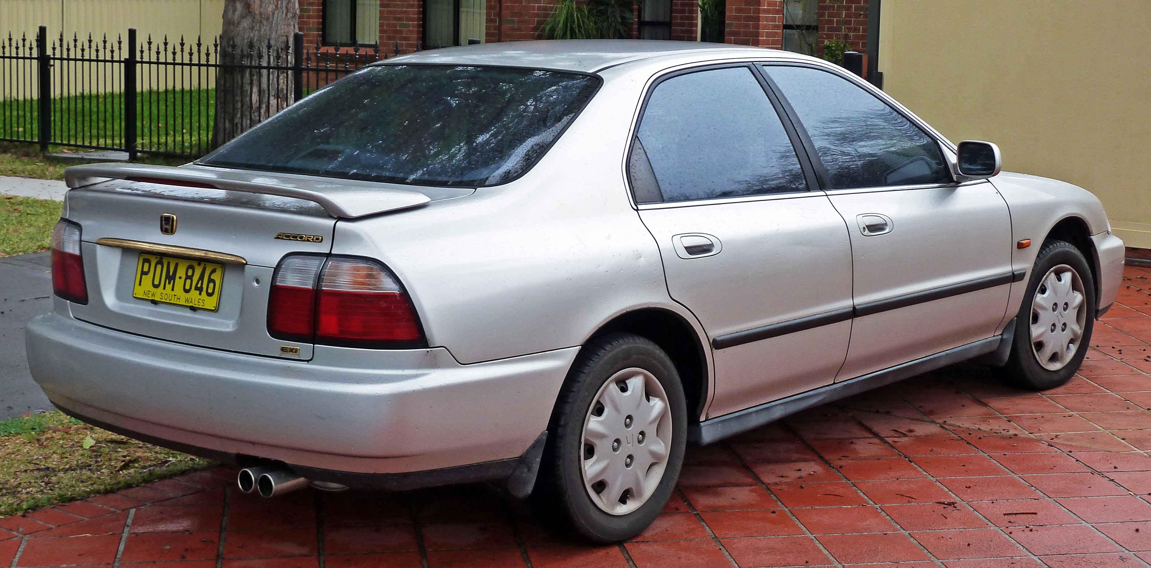 File 1995 1997 Honda Accord Exi Sedan 01 Jpg Wikimedia