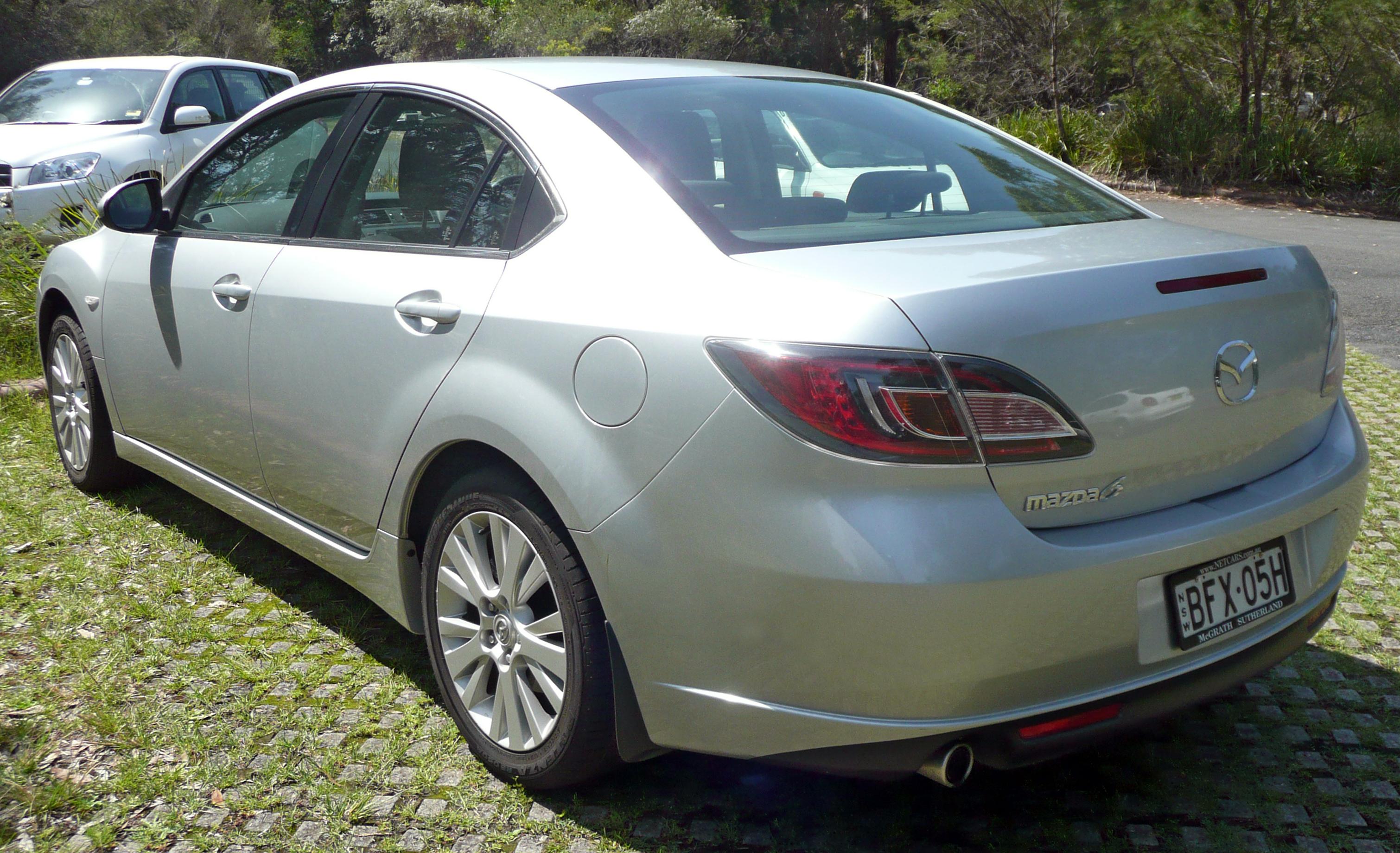 https://upload.wikimedia.org/wikipedia/commons/c/c3/2008_Mazda6_%28GH%29_Classic_sedan_%282009-11-12%29_01.jpg