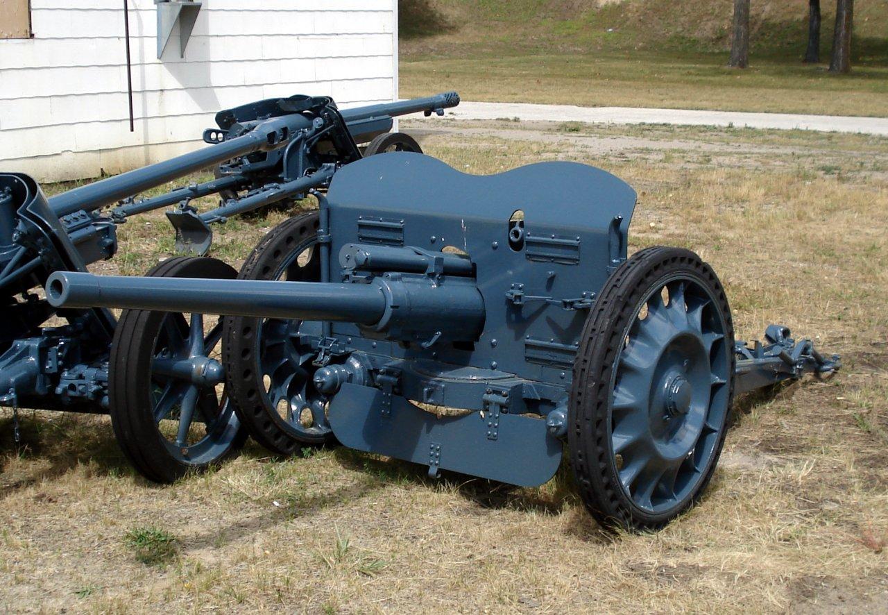 German 50 Mm Anti Tank Gun: File:47 Mm APX CFB Borden 1.jpg