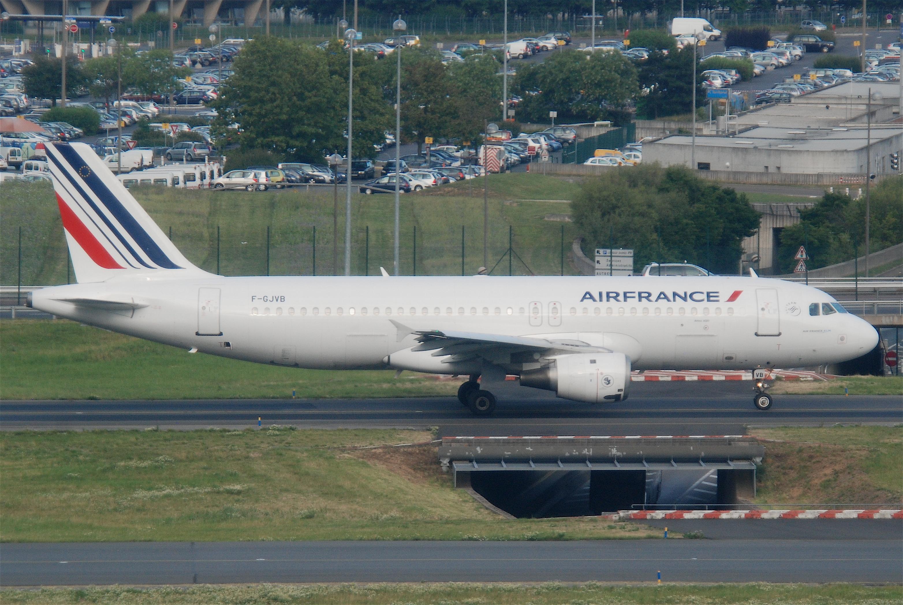File air france airbus a320 211 f gjvb cdg for Airbus a320 air france interieur