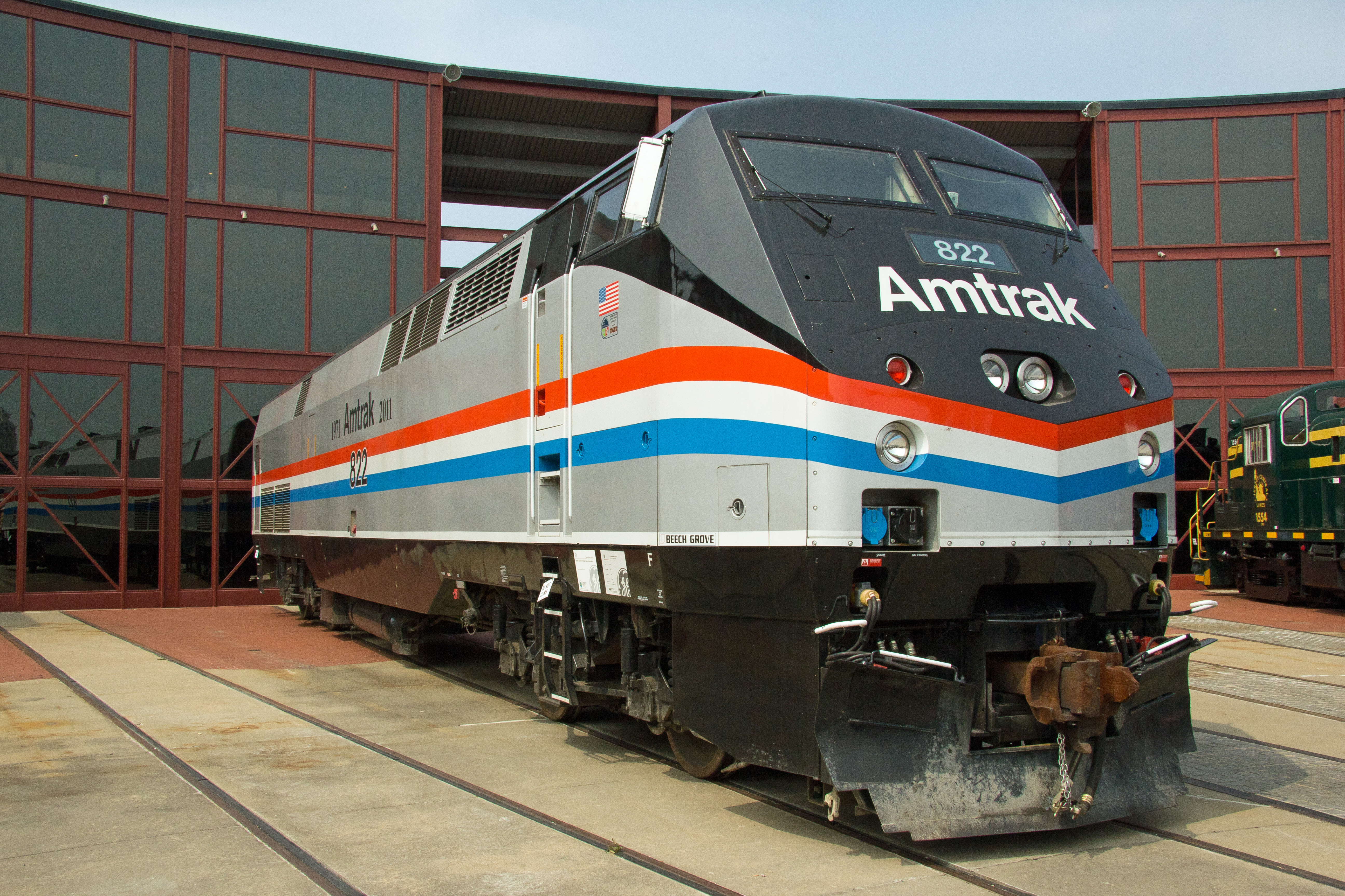 File:Amtrak 822 Phase III Paint Scheme (6121787717).jpg