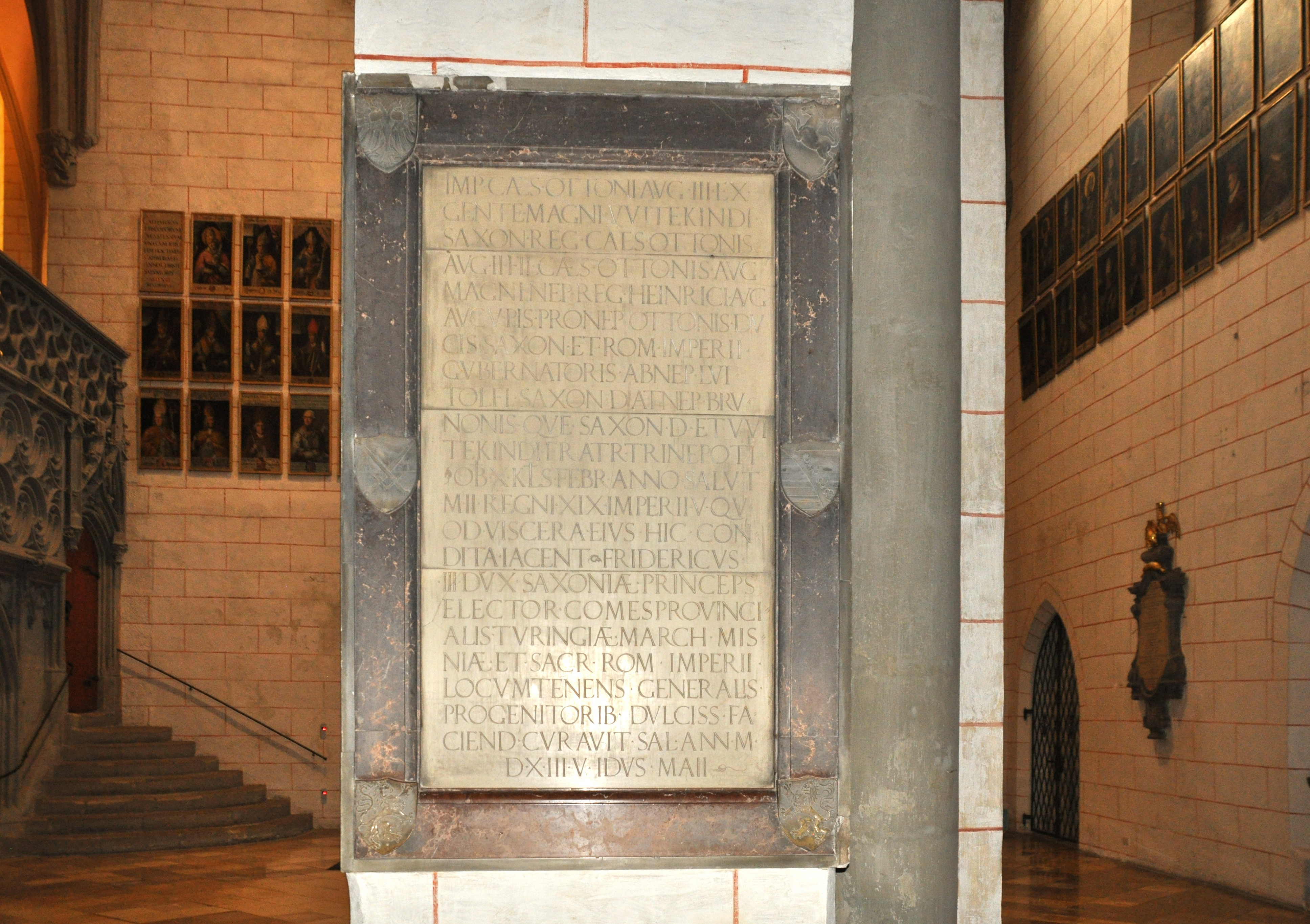 Augsburg Dom Gedenktafel Otto III.jpg