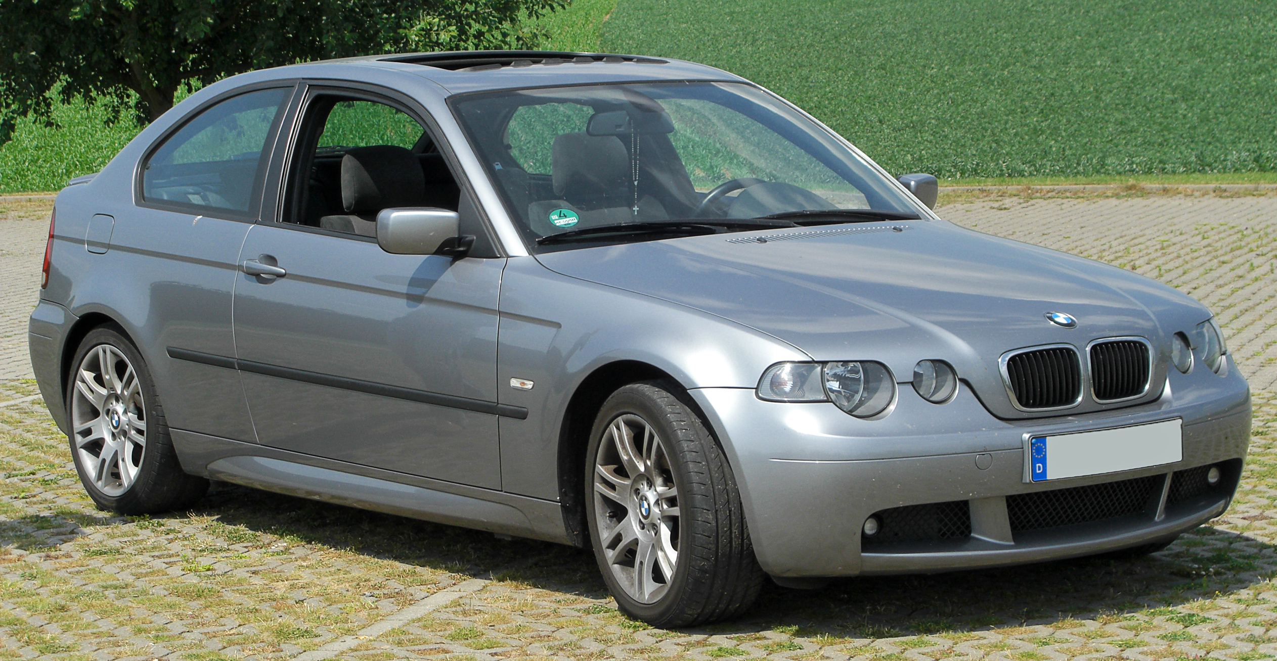 file bmw 316ti compact m sportpaket e46 facelift front 2 wikimedia commons. Black Bedroom Furniture Sets. Home Design Ideas