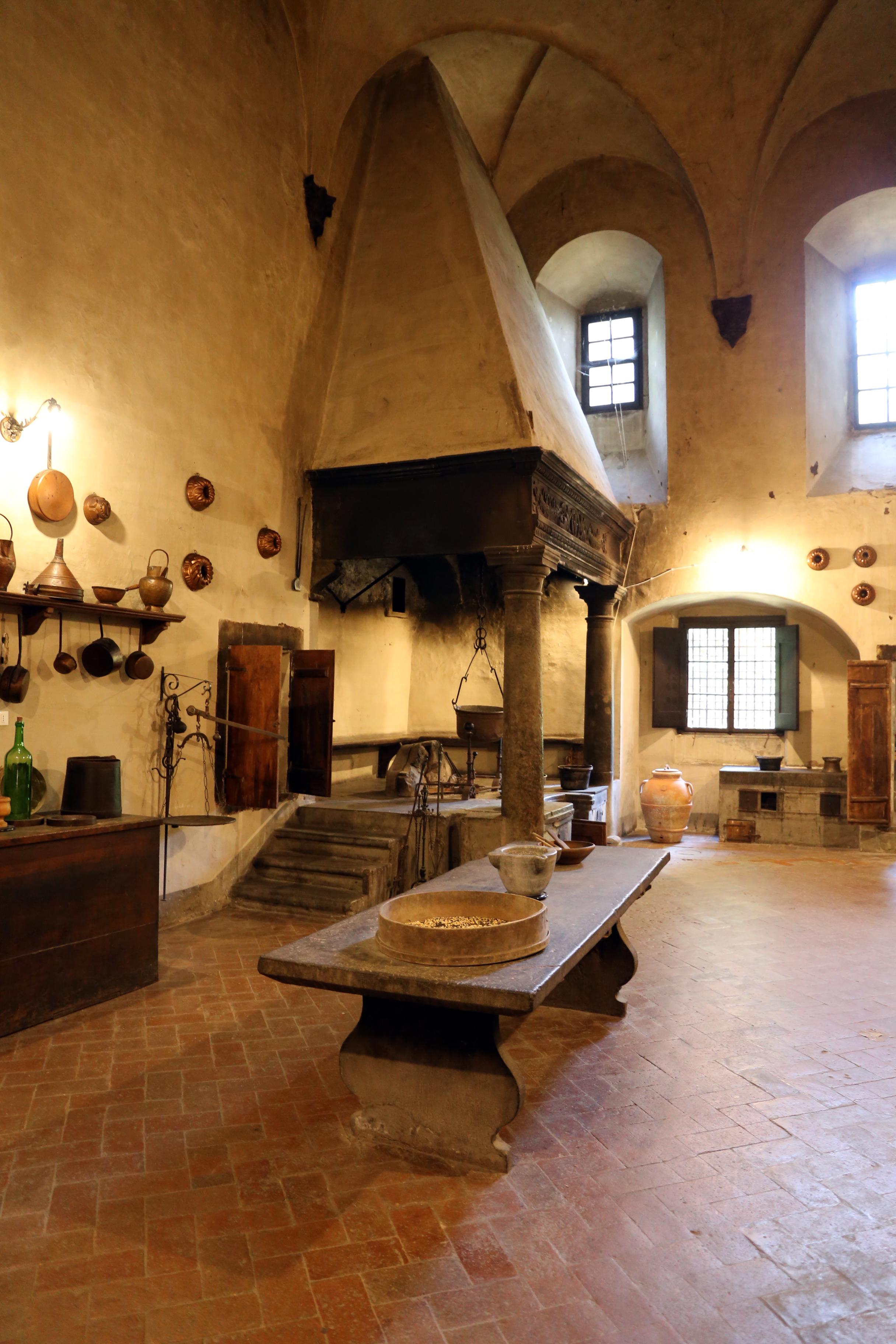 File:Badia di passignano, antiche cucine, 00.jpg - Wikimedia Commons