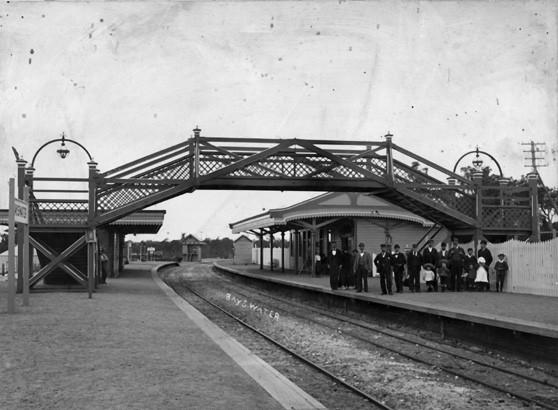 file bayswater railway station c 1900     wikimedia commons