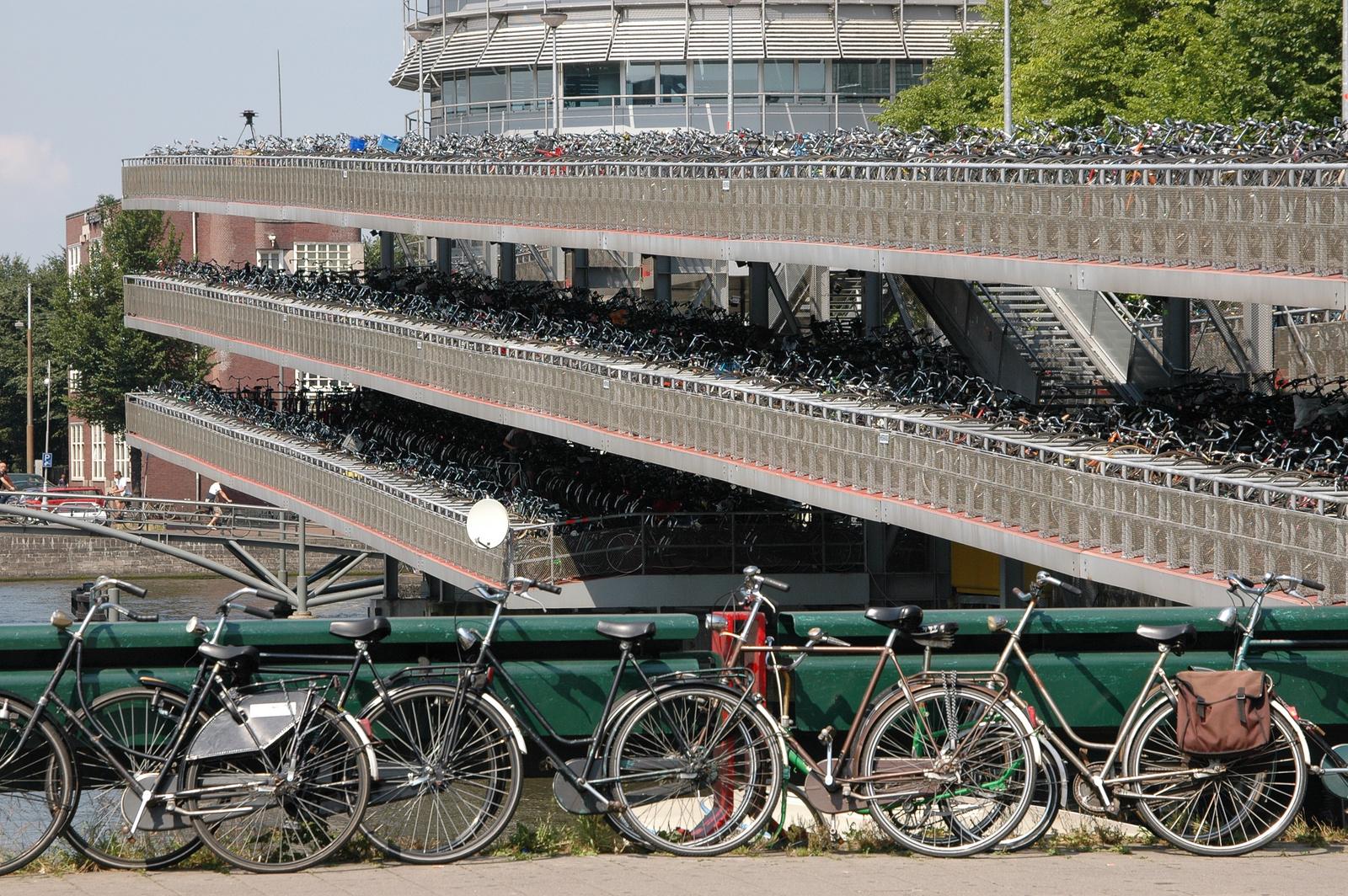 Fahrradgarage in Amsterdam