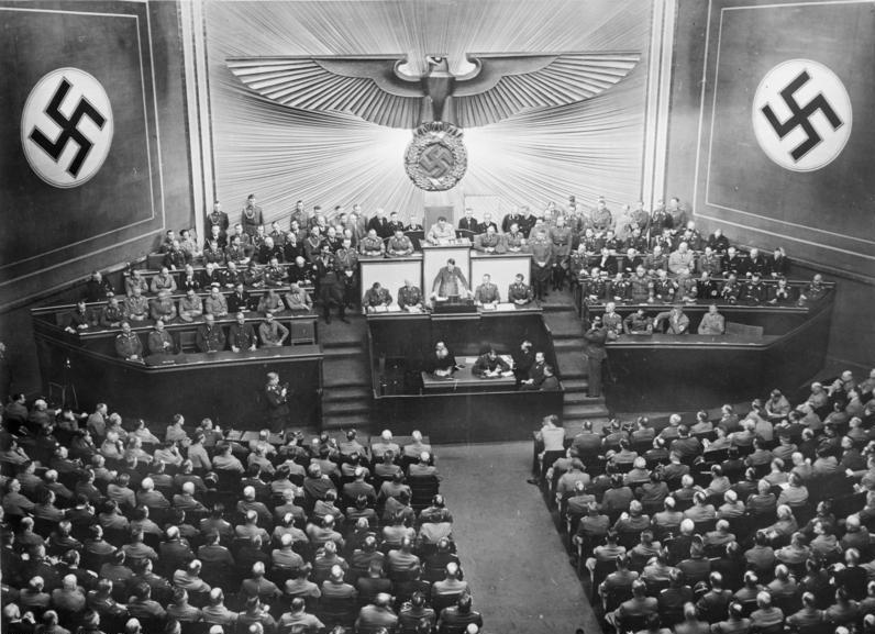 Bundesarchiv Bild 183-B02607, Berlin, Reichstagssitzung, Rede Adolf Hitler
