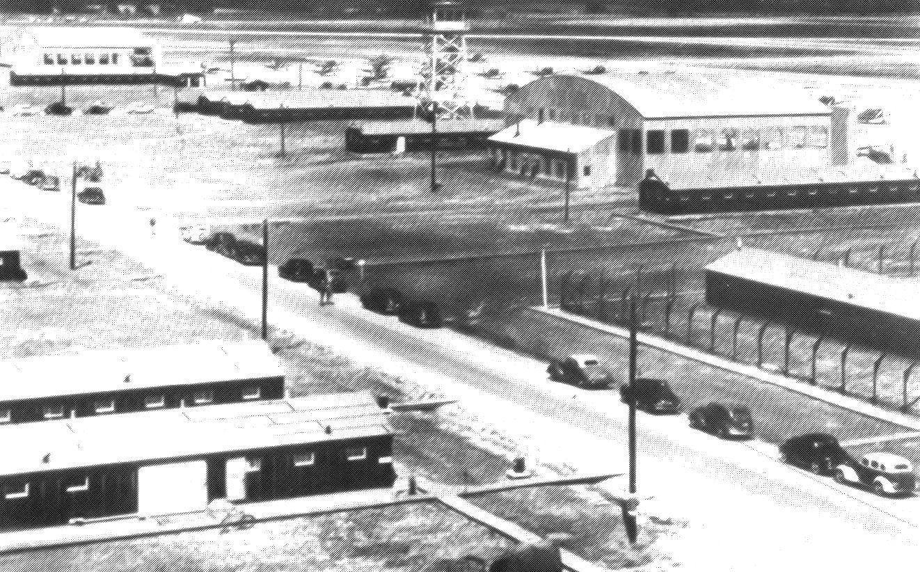 Coffeyville (KS) United States  city images : Description Coffeyville AAF KS Stockade Flight Line Tower 1945