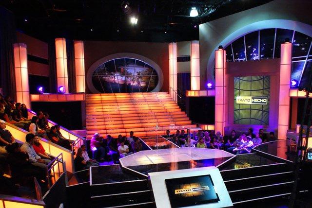 fotografía de un plató de concurso televisivo