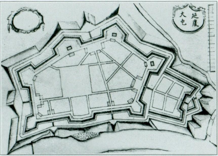 http://upload.wikimedia.org/wikipedia/commons/c/c3/Dien_Khanh_Citadel_old_map.jpg