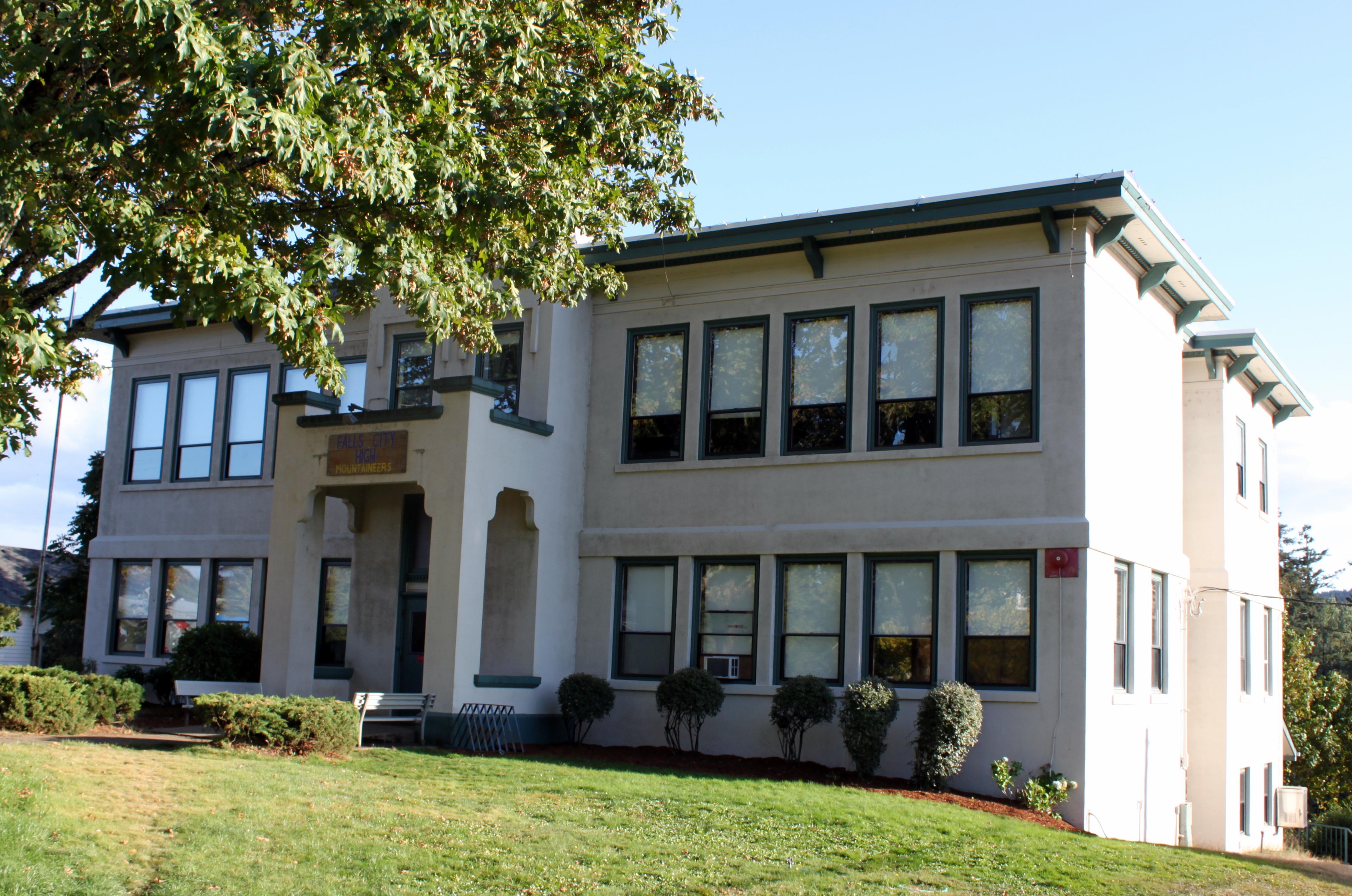 Falls City High School (Oregon) - Wikipedia, the free encyclopediafalls city city