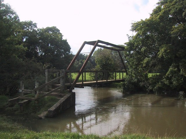 Footbridge over the River Cherwell - geograph.org.uk - 966452