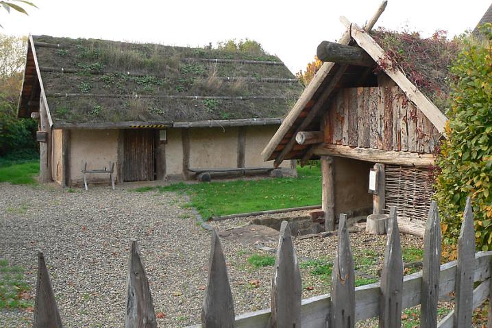 Germanisches Haus