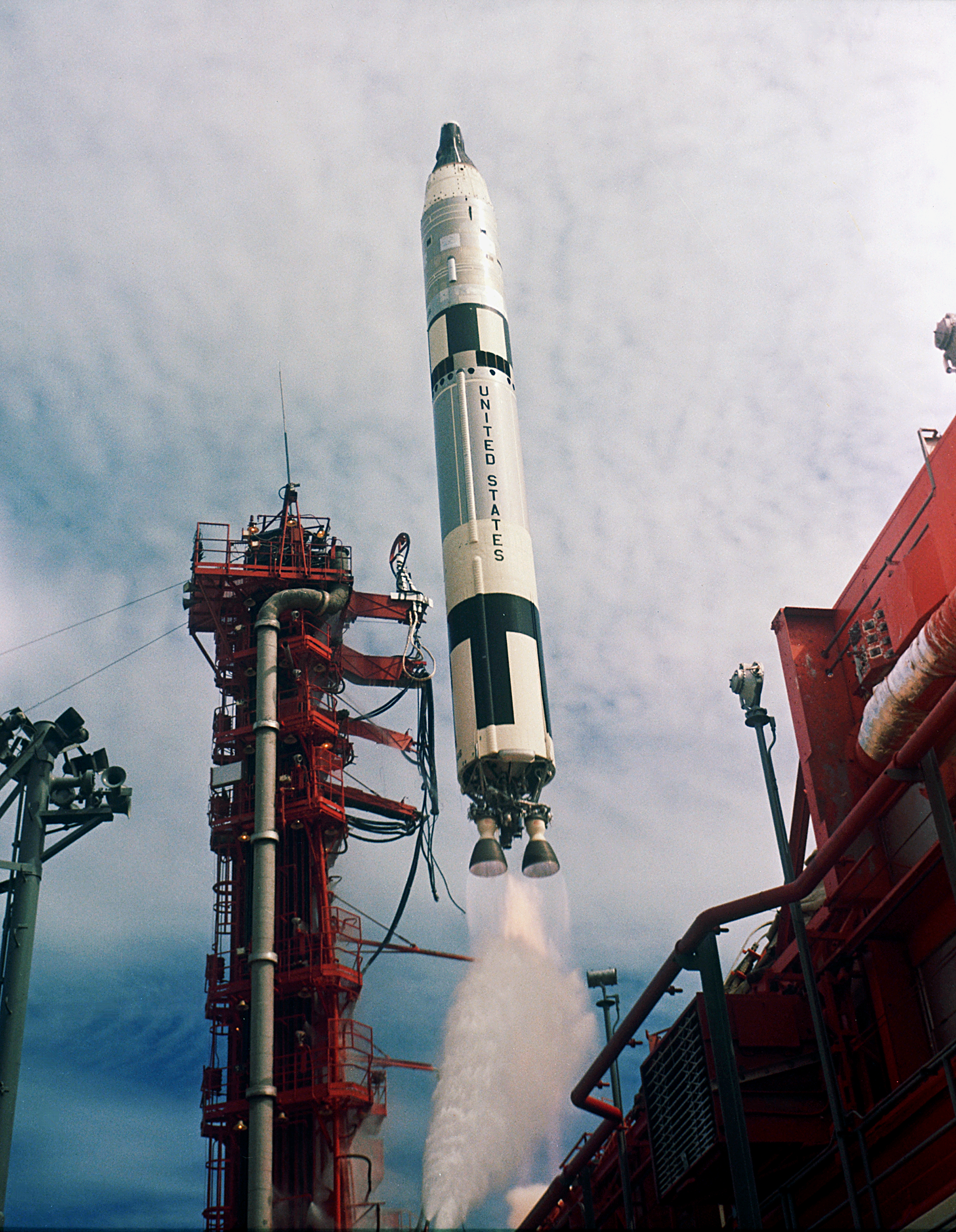 Titan II GLV - Wikipedia, the free encyclopedia