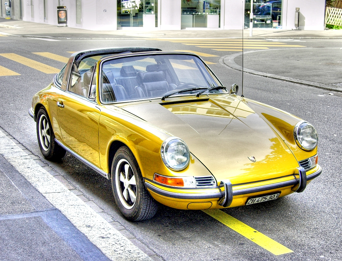File Golden Porsche Targa Jpg Wikimedia Commons