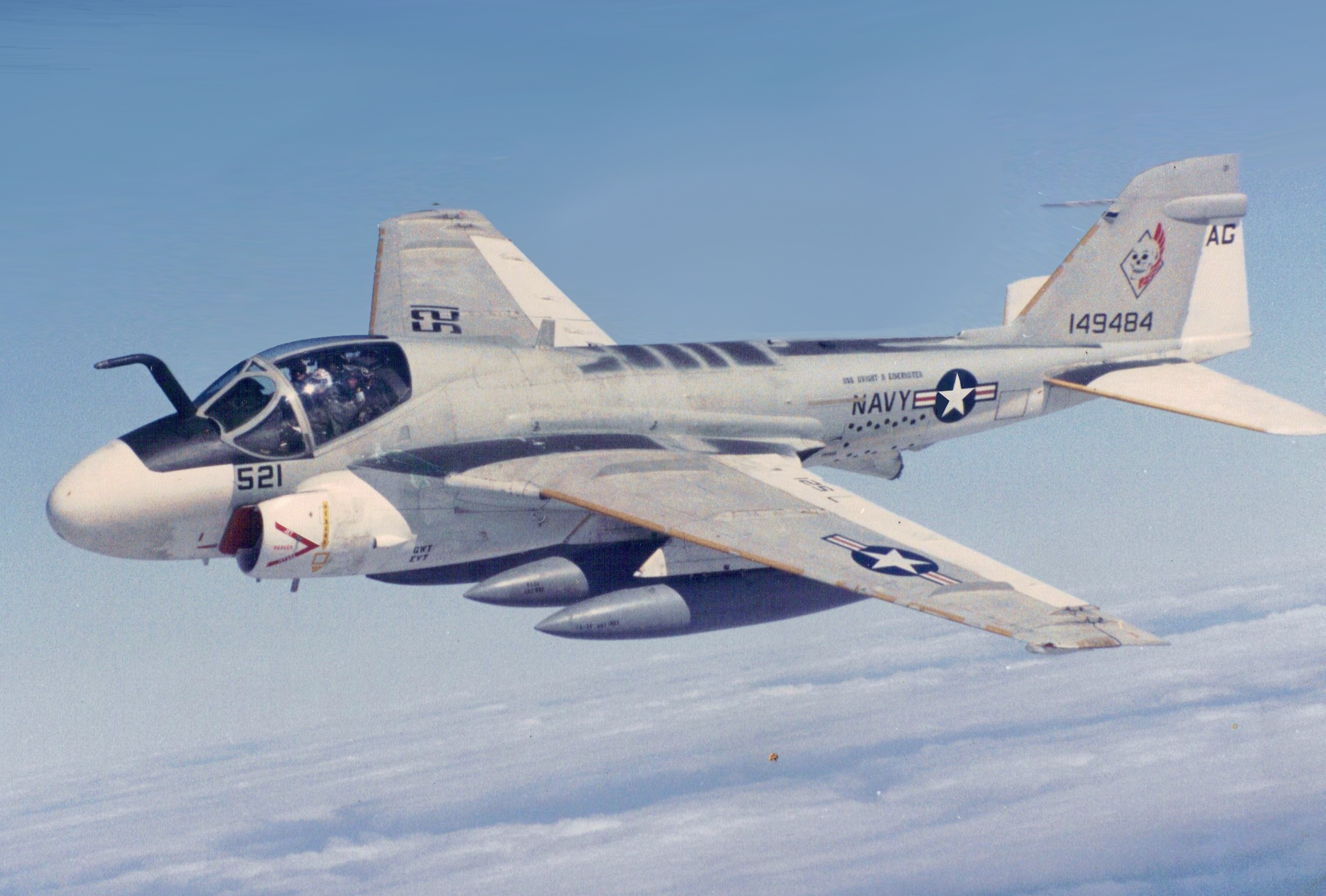 Grumman KA-6D Intruder of VA-34 in flight, in 1988.jpg