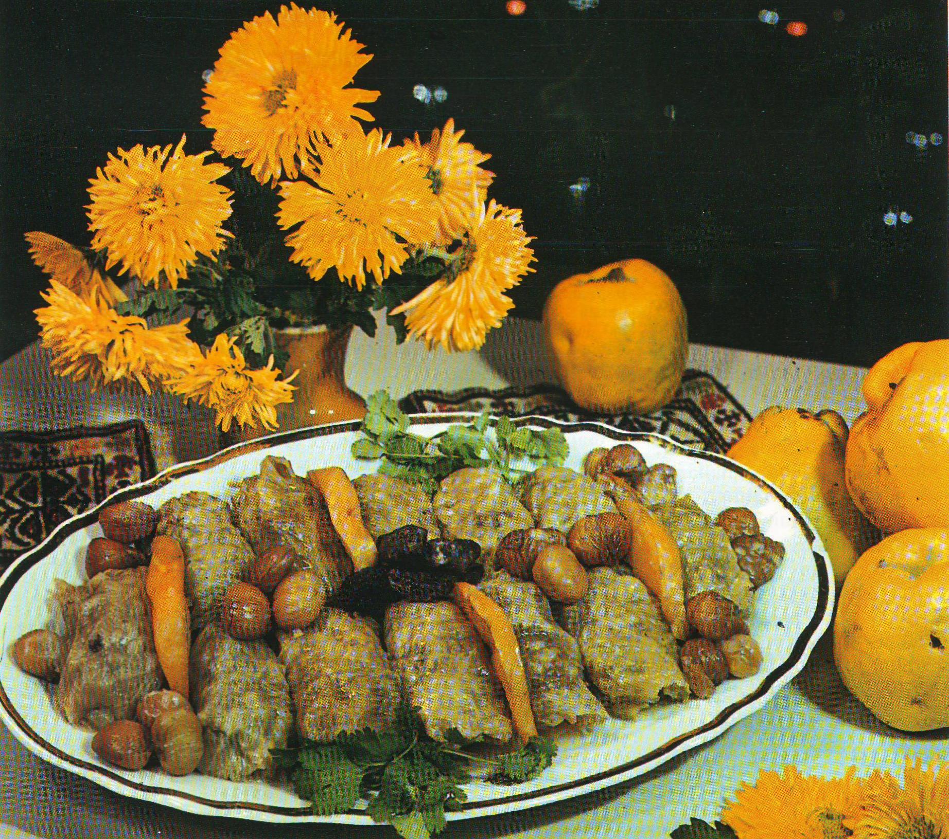 File:Heyvalı şabalıdlı Kələm dolması Azerbaijani cuisine.jpg