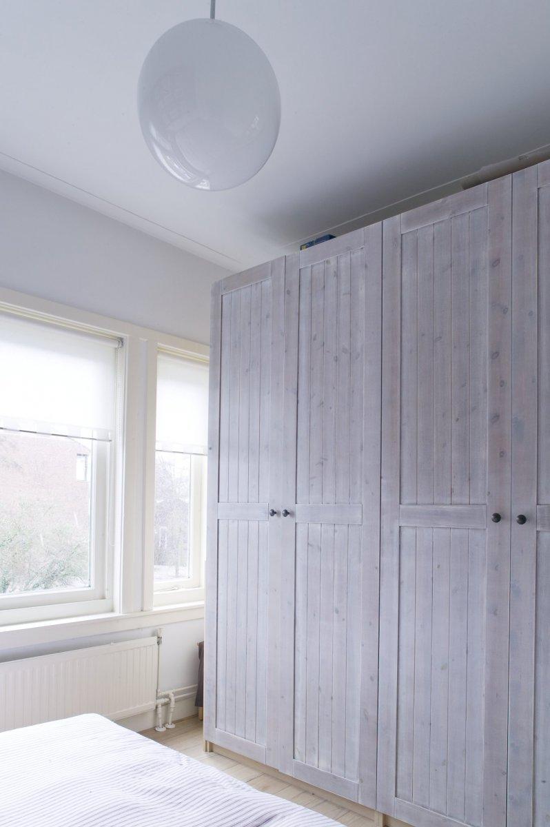 File:Interieur, kastenwand in de slaapkamer op de eerste verdieping ...