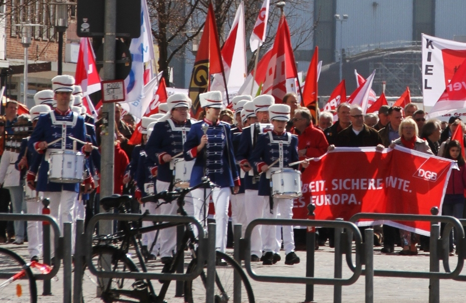 1. mai feiertag berlin