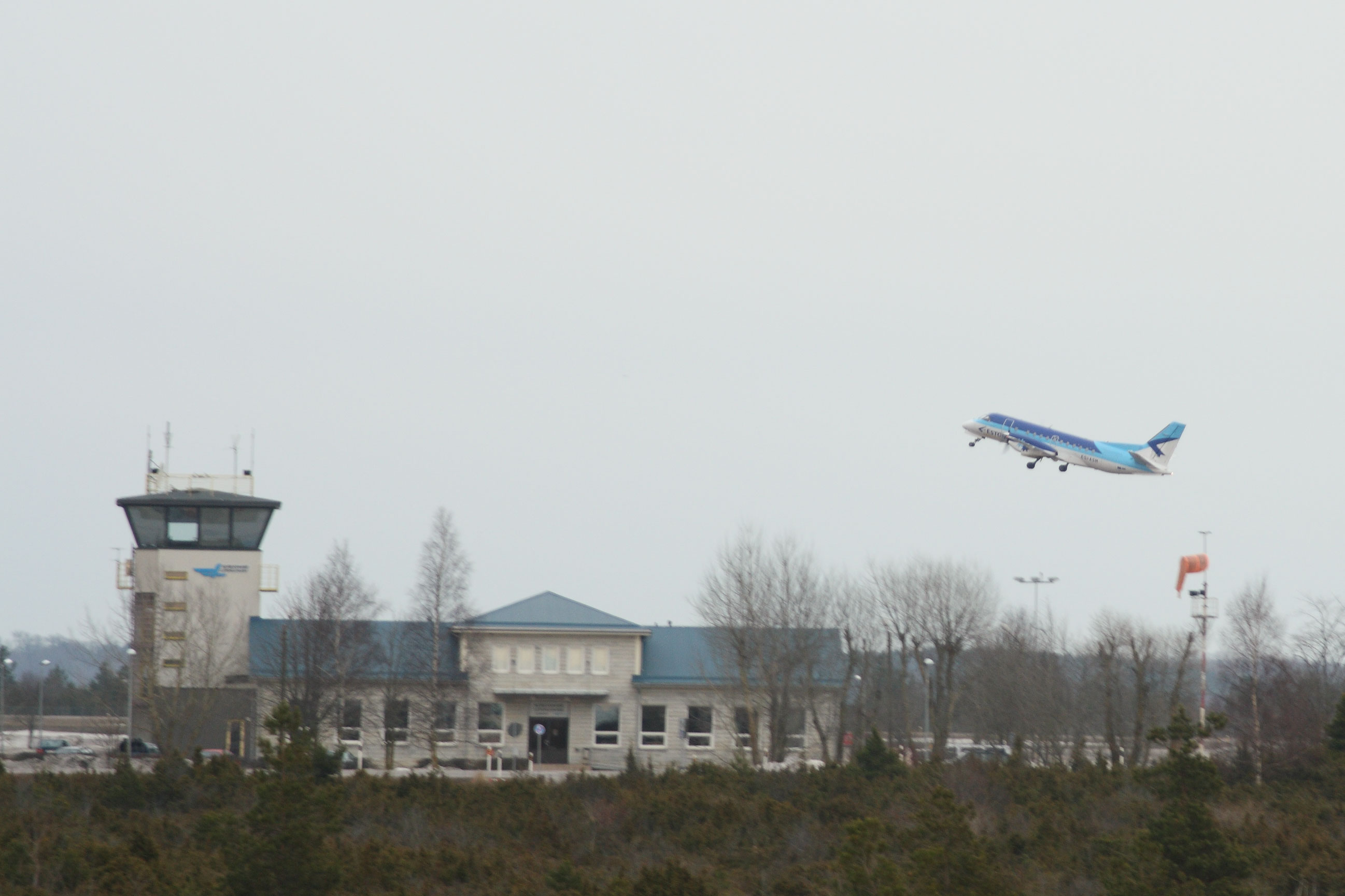 Kuressaare lennujaam, 2010