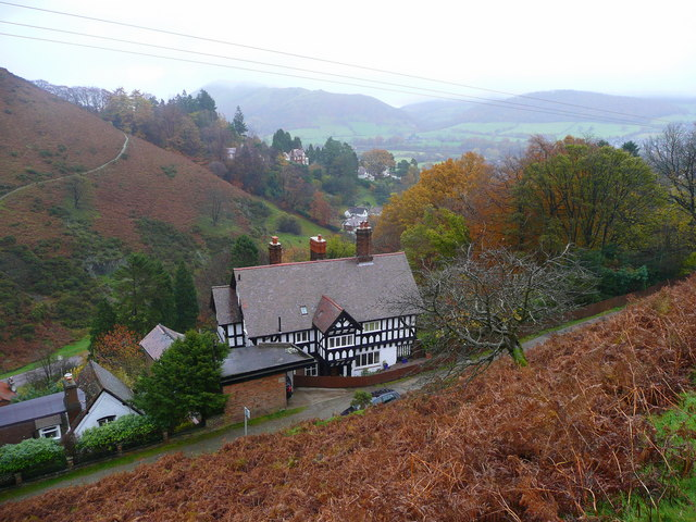 Looking down on Church Stretton - geograph.org.uk - 1043864