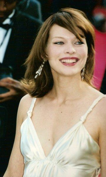 Milla Jovovich Cannes