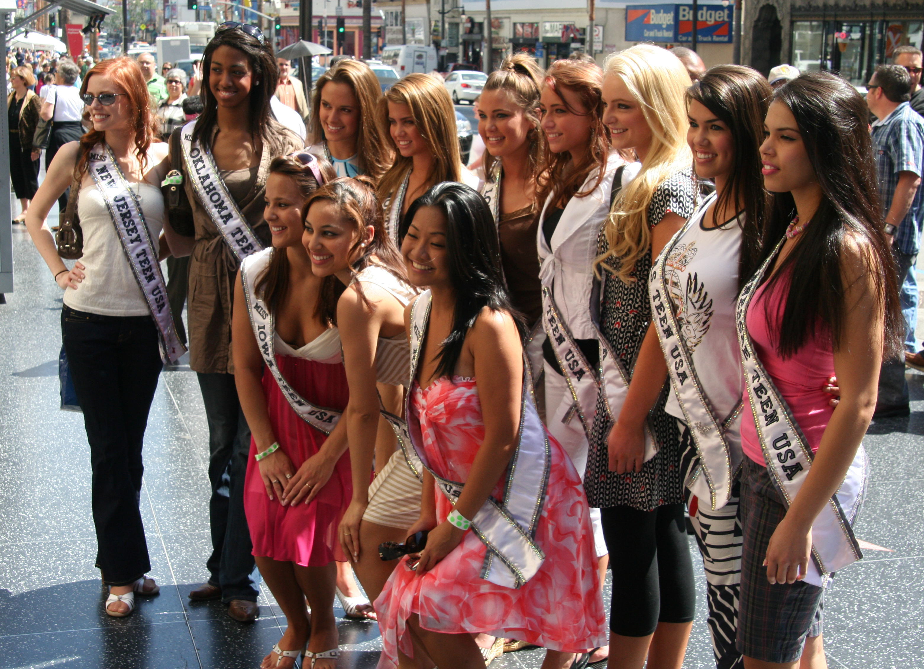 File:Miss Teen USA 2007 delegates Hollywood and Highland March 2007 2.png