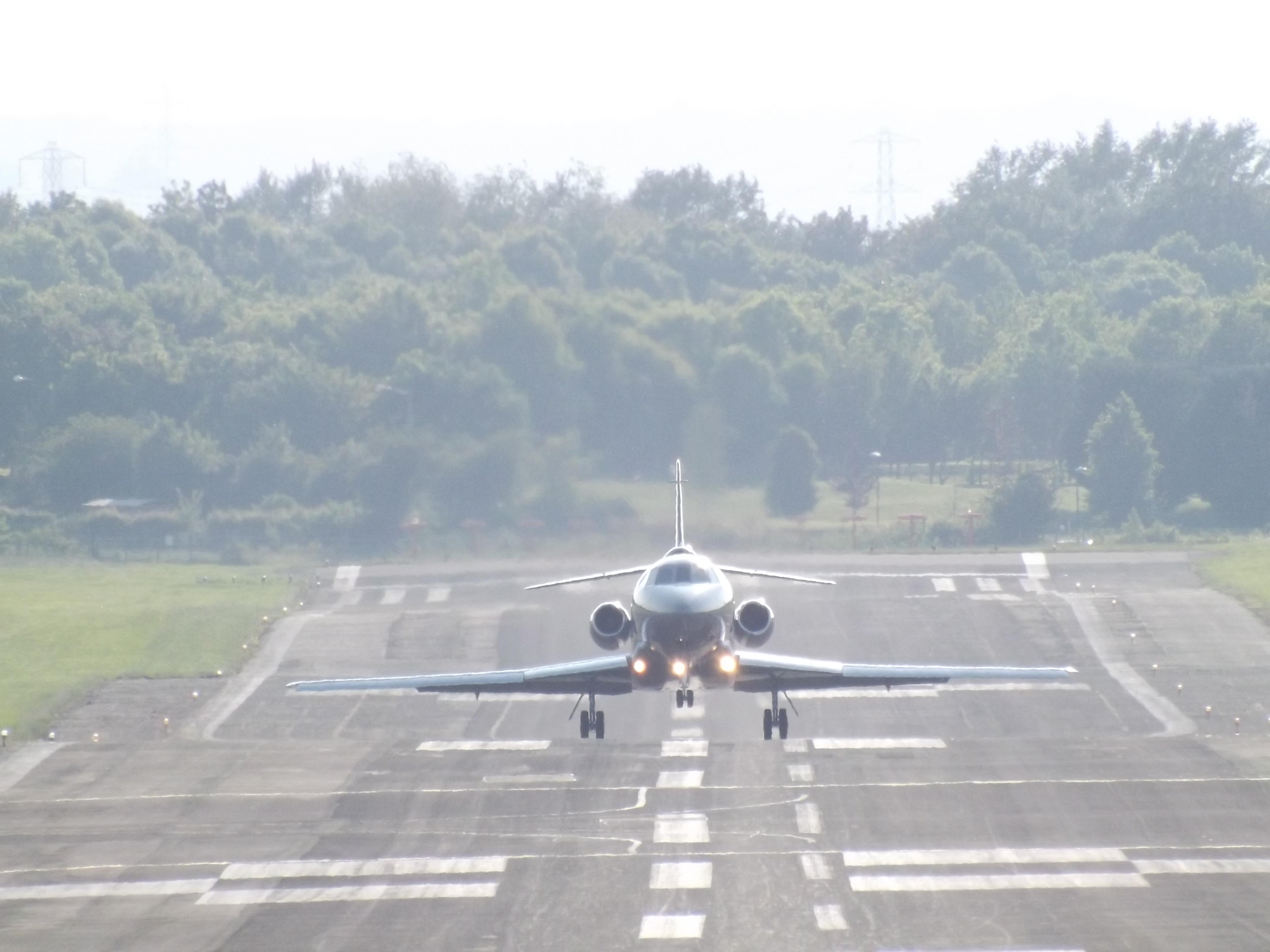 Resultado de imagen para Dassault Falcon 900 takeoff