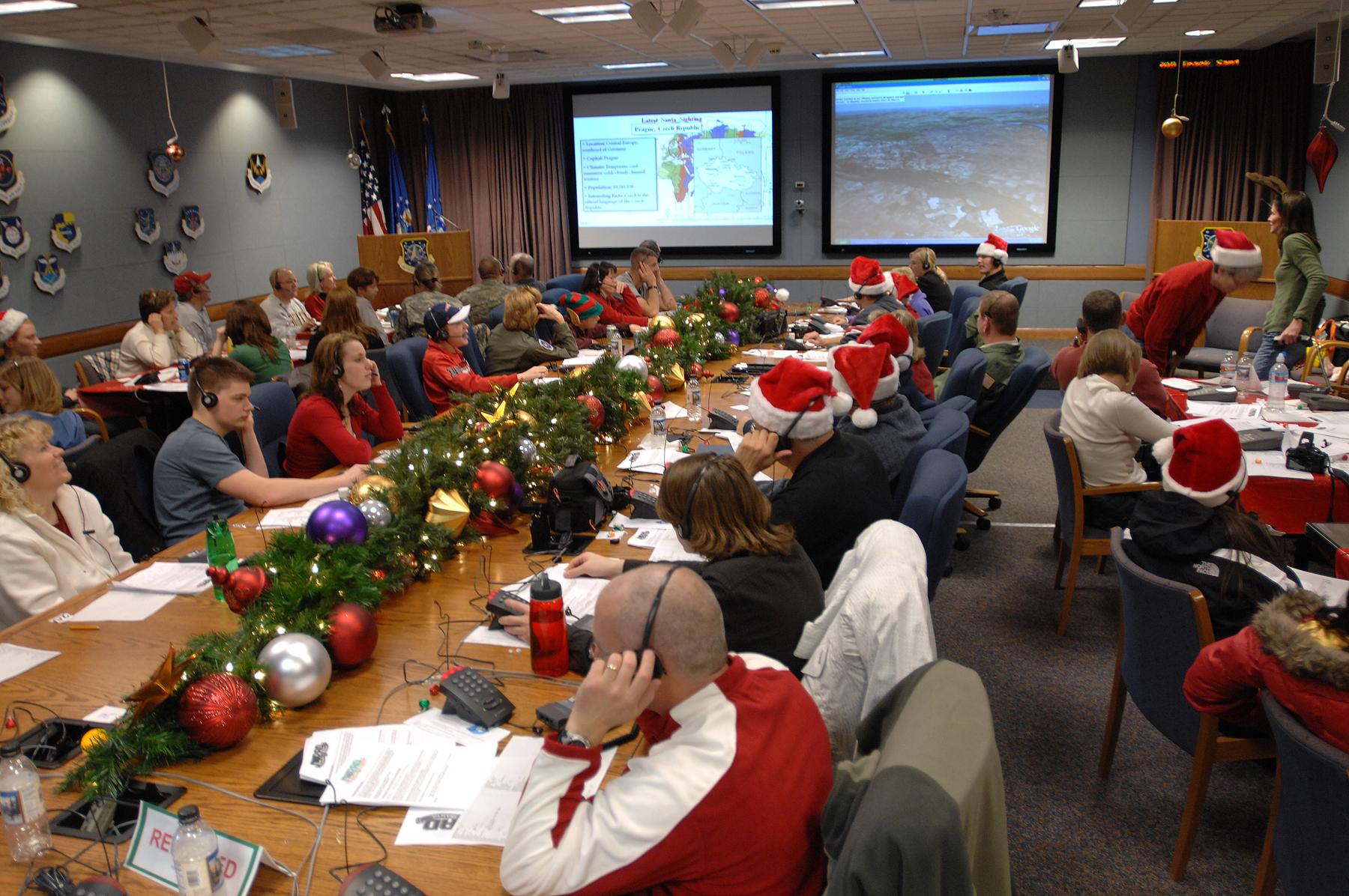 El Call center de NORAD recibe reclamos por los regalos.