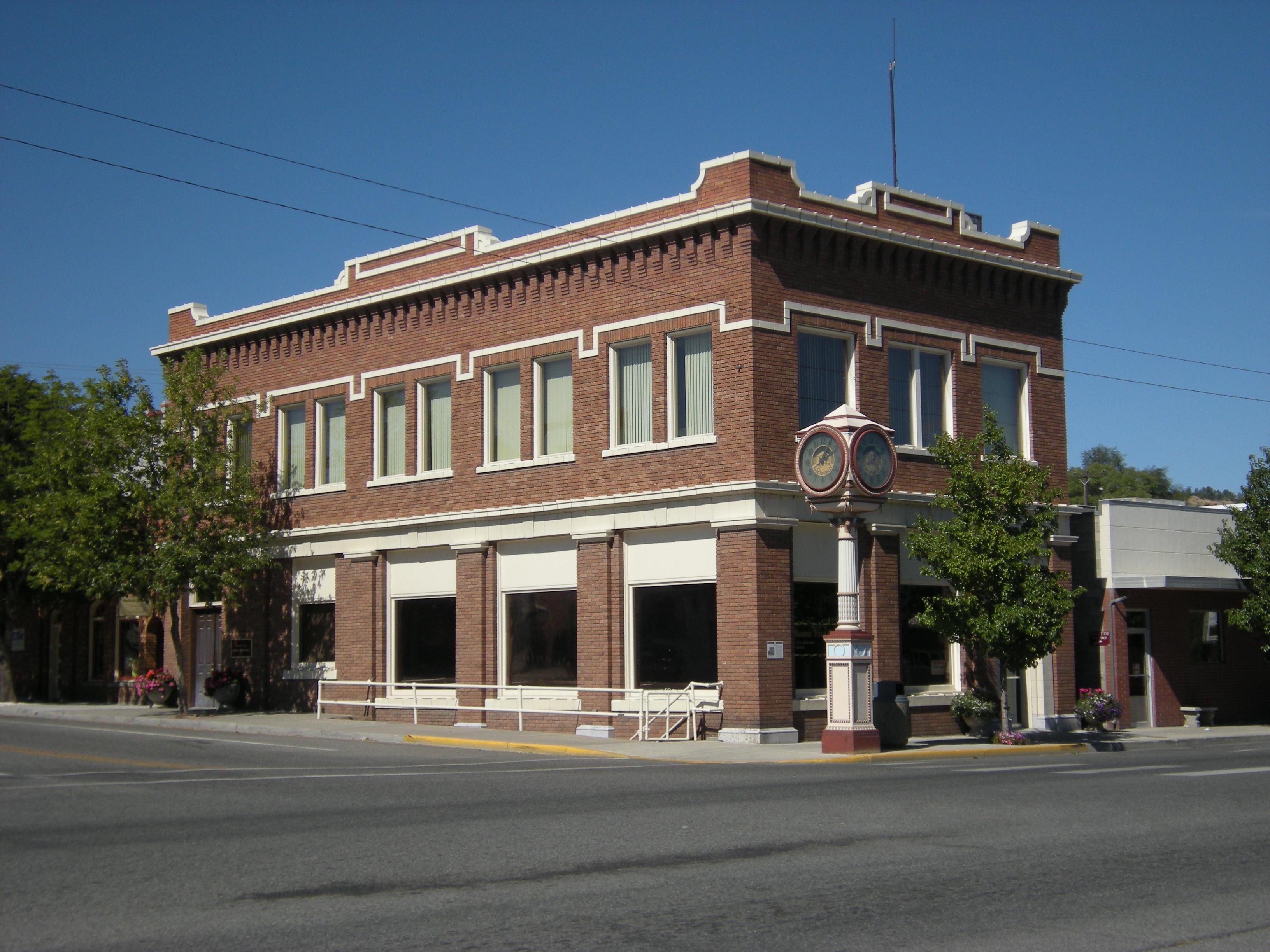 File:Okanogan, WA - Commercial Building.jpg - Wikimedia ...