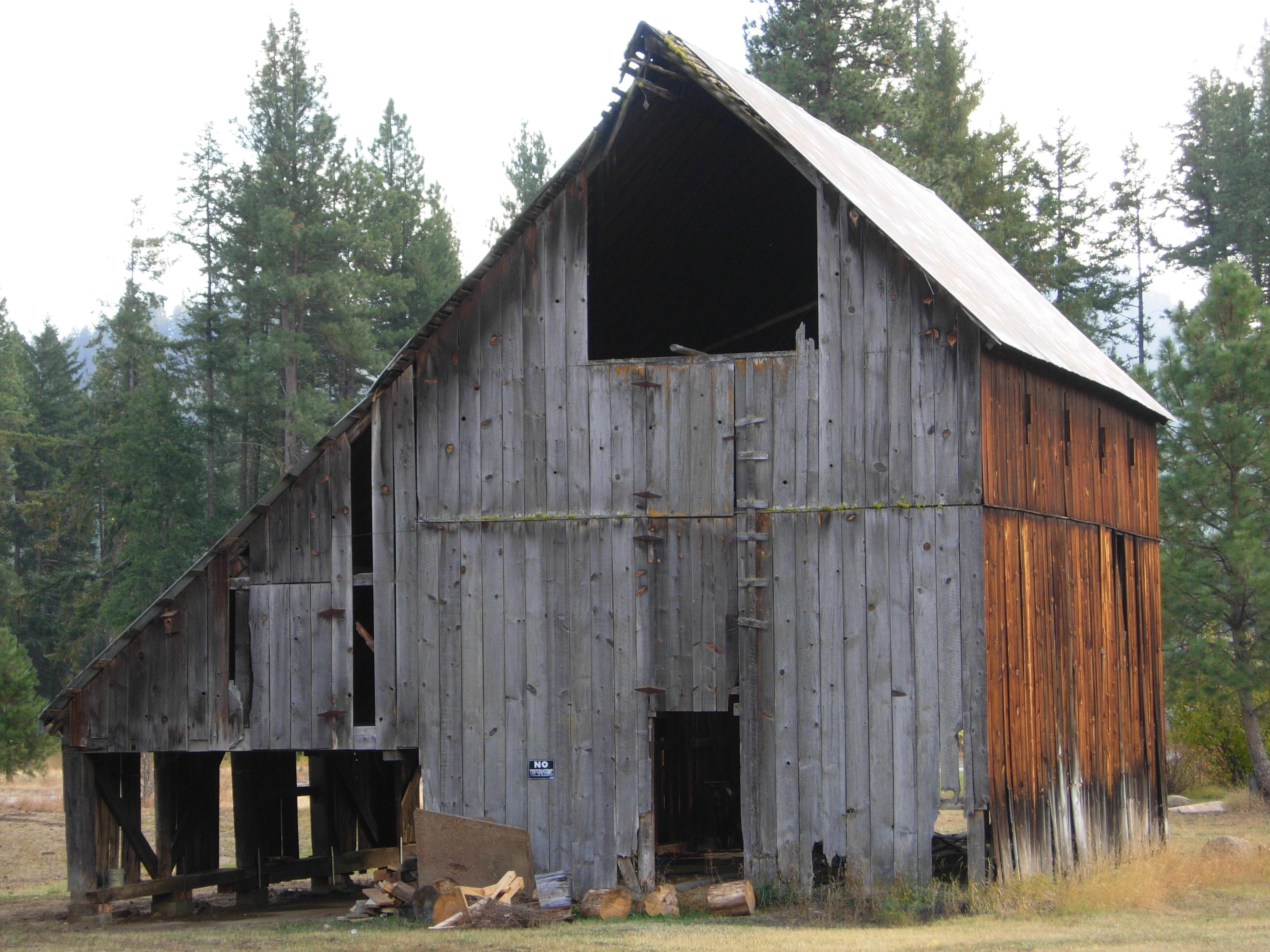 Industrial House File Old Barn Near Plain Wa Jpg