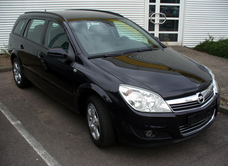 Description Opel Astra H Caravan Facelift Saphirschwarz.JPG