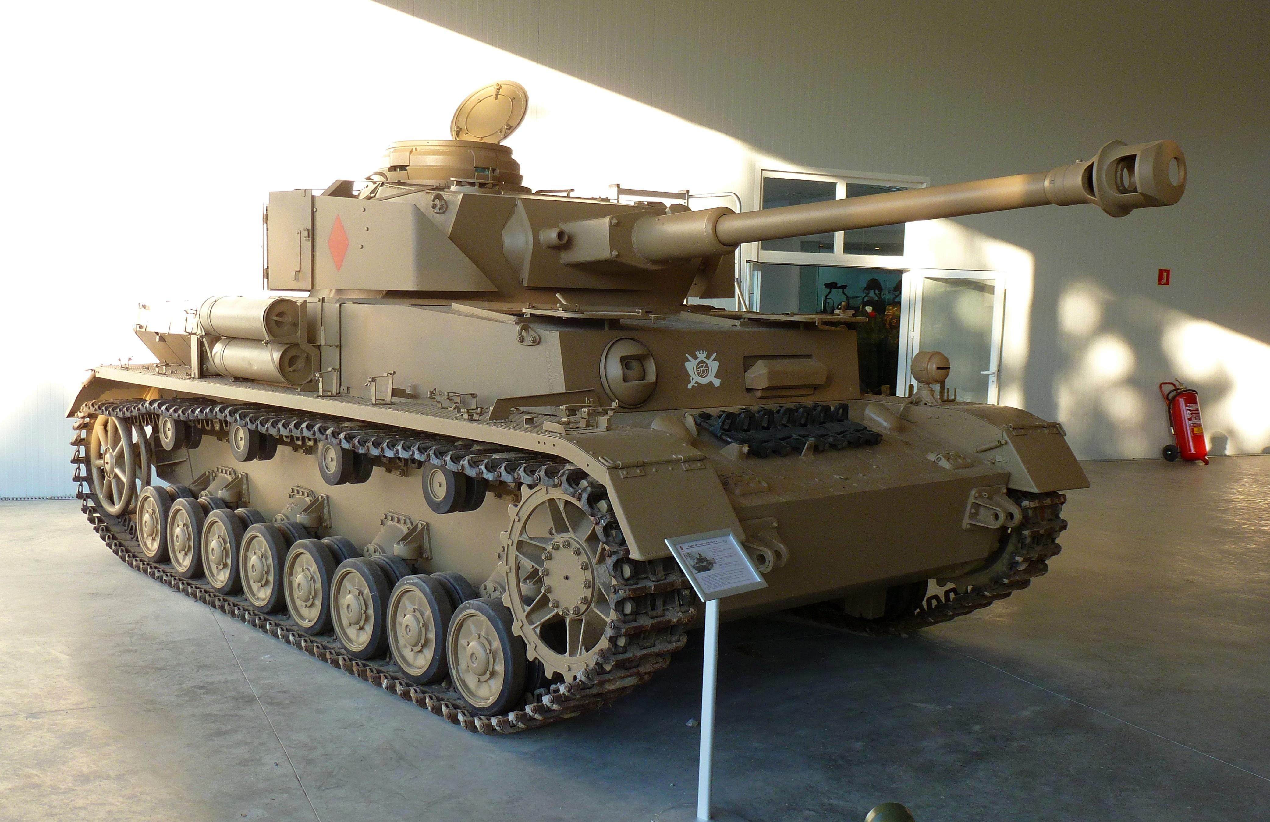Panzer_IV_Ausf._H_Ej%C3%A9rcito_espa%C3%