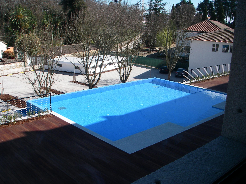 File piscina da pousada de wikimedia commons for Piscina wikipedia