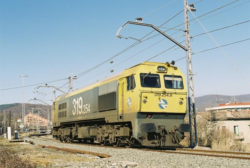 RN319-2541.